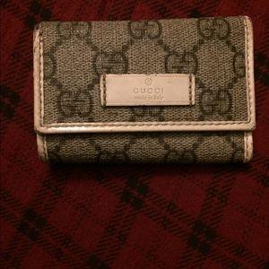 Gucci Monogram key holder !!SOLD!!